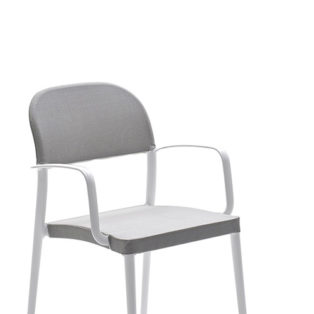 SAIA Chair with arms - Chair with arms