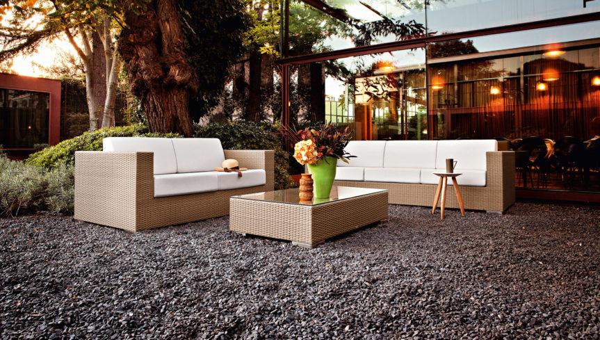 OUTDOOR-COFFEE-TABLE2