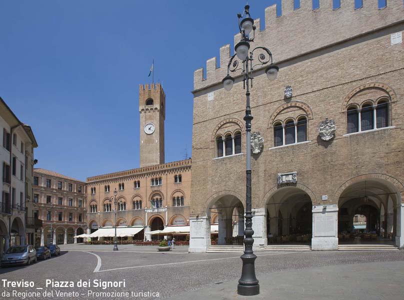 Treviso / Piazza dei Signori
