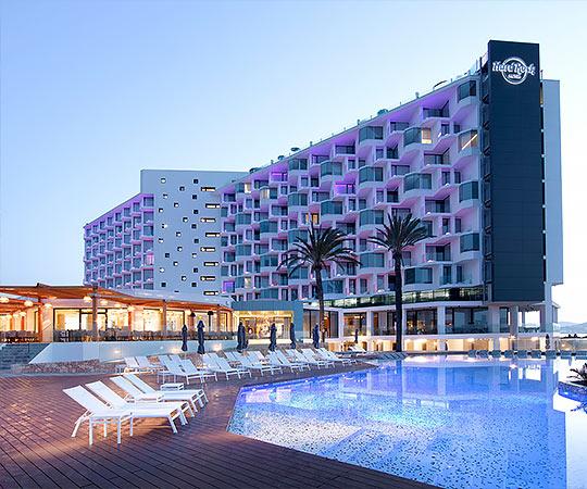 Varaschin | #OutdoorMoments | Hard Rock Hotel Ibiza