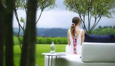 Tres alternativas a la esterilla clásica para practicar yoga al estilo Outdoor Therapy.