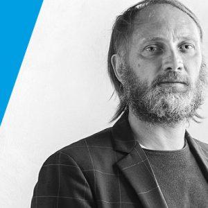 Varschin - Cambio della guardia nella nostra direzione creativa. A Daniele Lo Scalzo Moscheri subentra Edoardo Gherardi. Se ne parla su Pambianco Design di agosto.